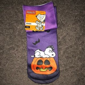 Peanuts Snoopy Halloween Crew Docks, New
